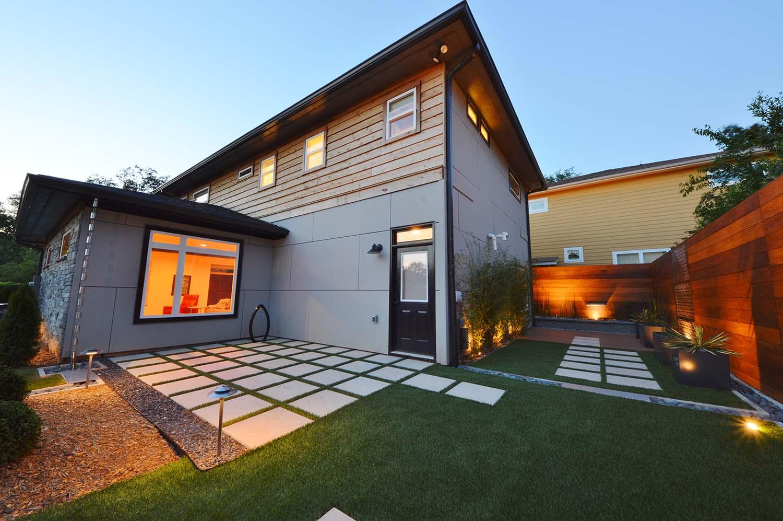 sustainable landscape design compliments modern architecture. Black Bedroom Furniture Sets. Home Design Ideas