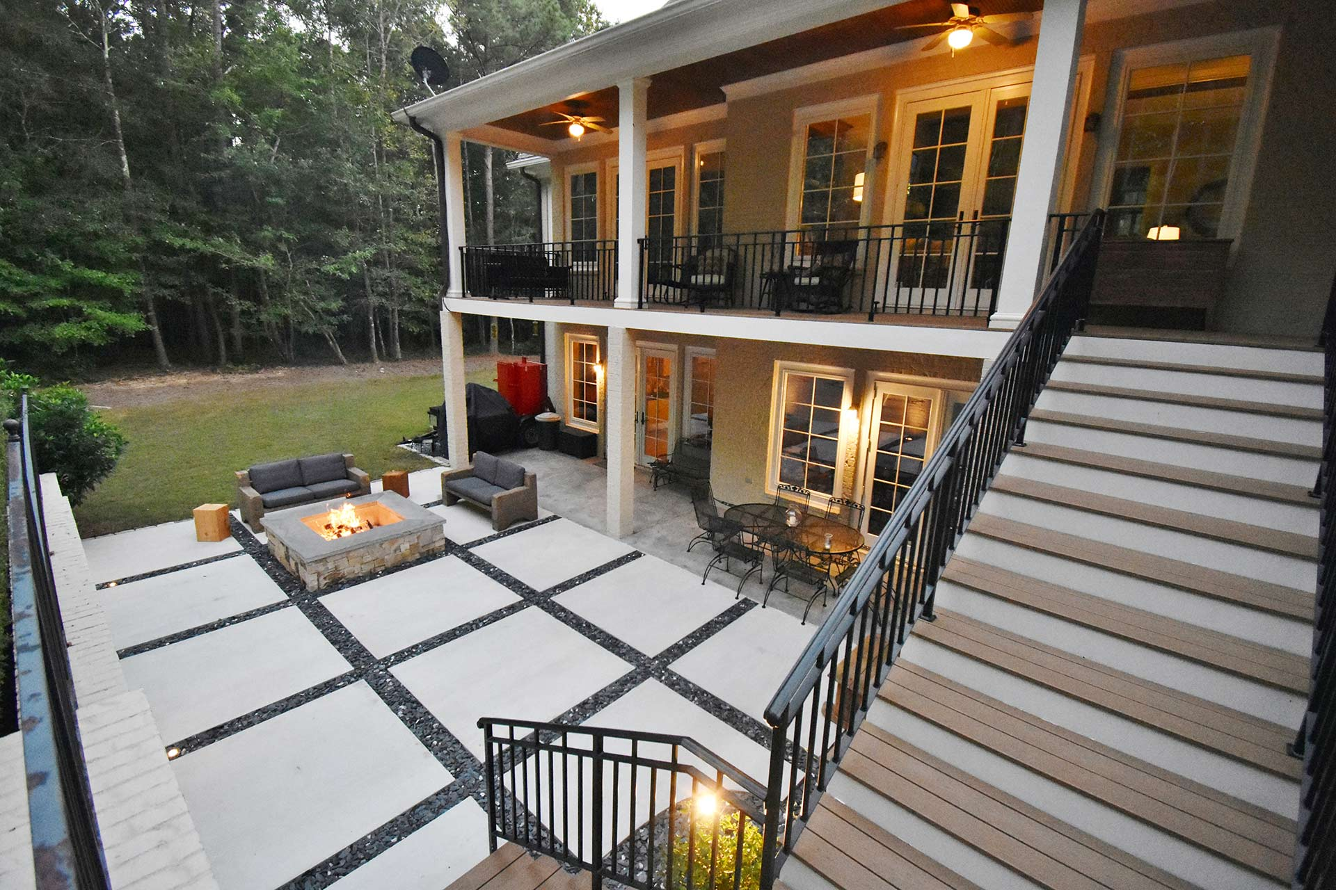 Concrete squares patio with slate chips